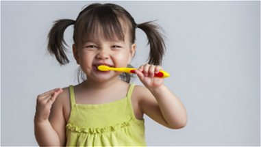 WHAT TO LOOK FOR IN A TOOTHPASTE FOR KIDS